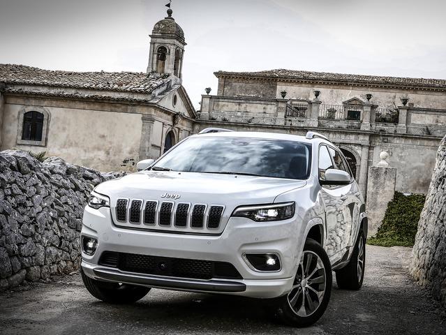 jeep-cherokee-01