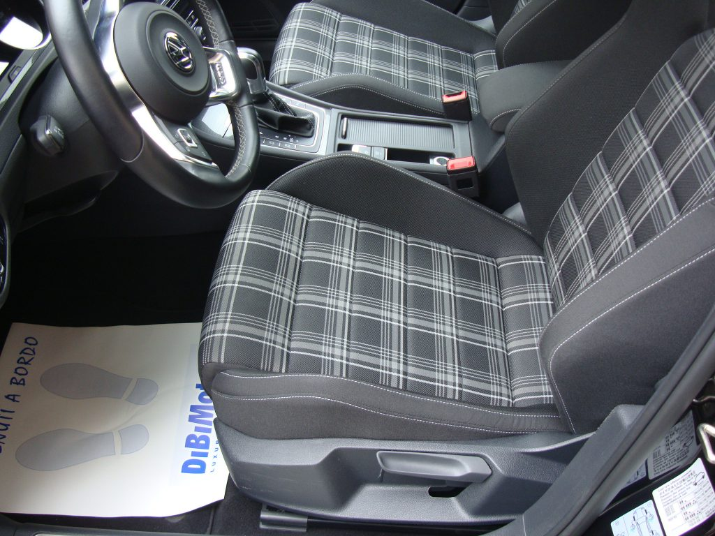 Volkswagen Golf usato